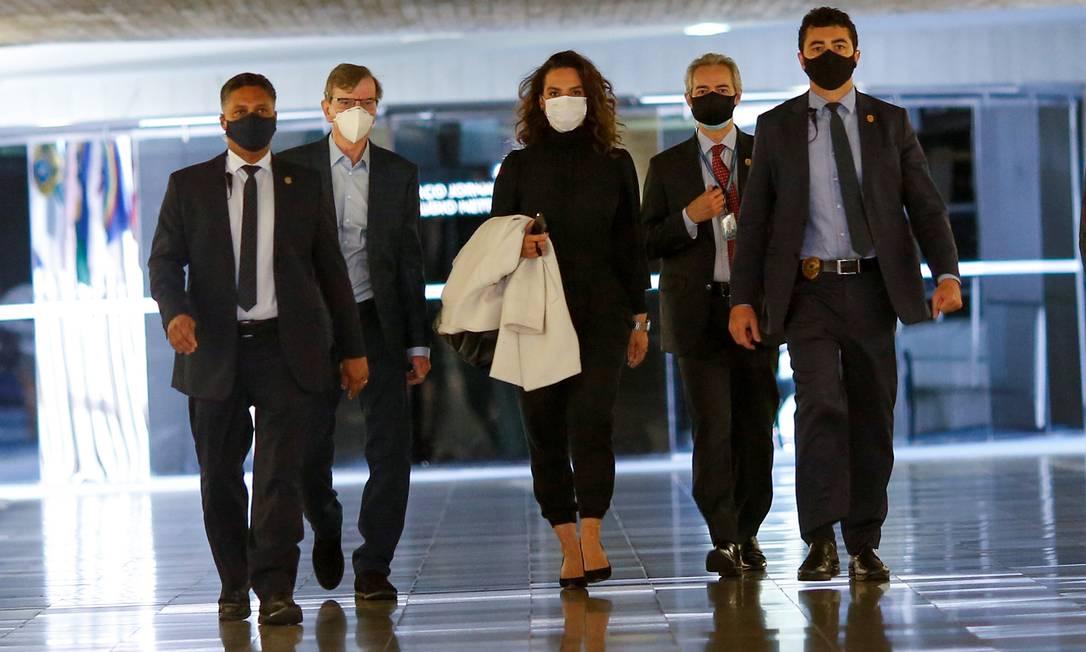 A médica Luana Araújo chega à CPI da Covid Foto: ADRIANO MACHADO / REUTERS
