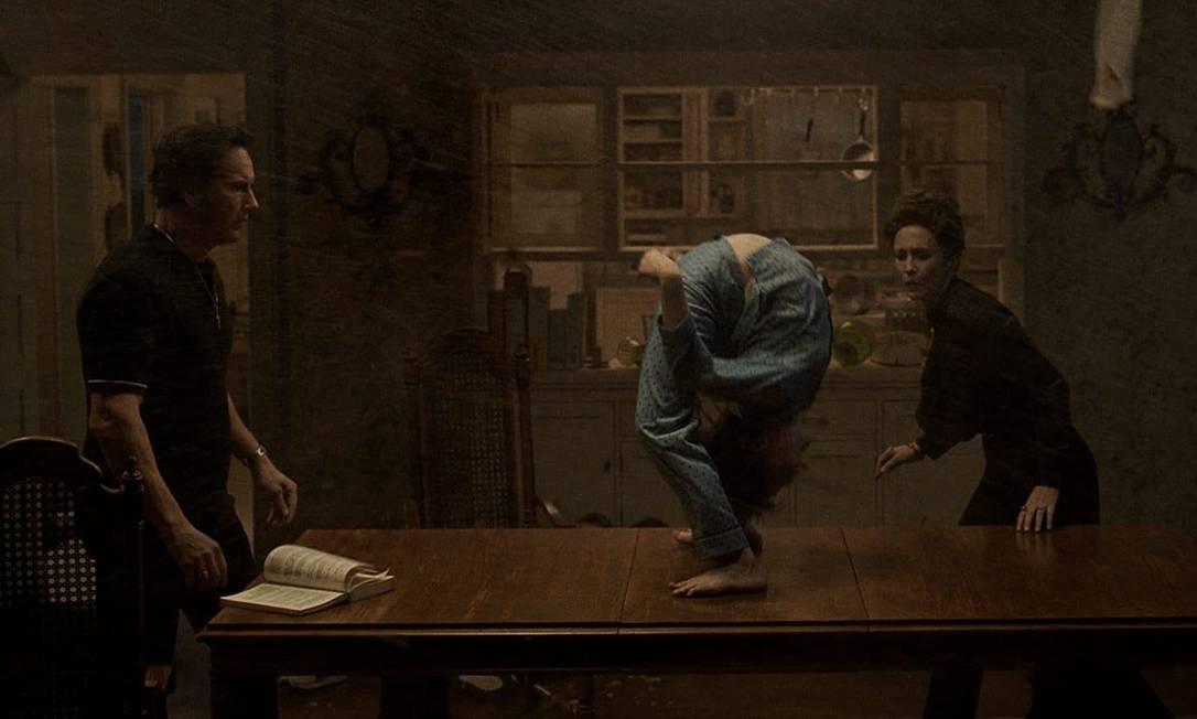 """Patrick Wilson e Vera Farmiga, ótimos, como os investigadores paranormais Ed e Lorraine de """"Invocação do mal 3"""" Foto: Divulgação"""