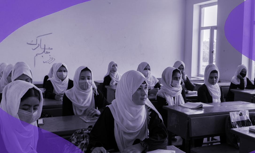 Nabila, 16 anos (no centro) durante uma aula na escola Marshal Dostum, em Sheberghan, no Afeganistão, onde dozes meninas estudam. Com a maior presença do Talibã, garotas e mulheres mais uma vez enfrentam a proibição de sua educação Foto: Kiana Hayeri/The New York Times