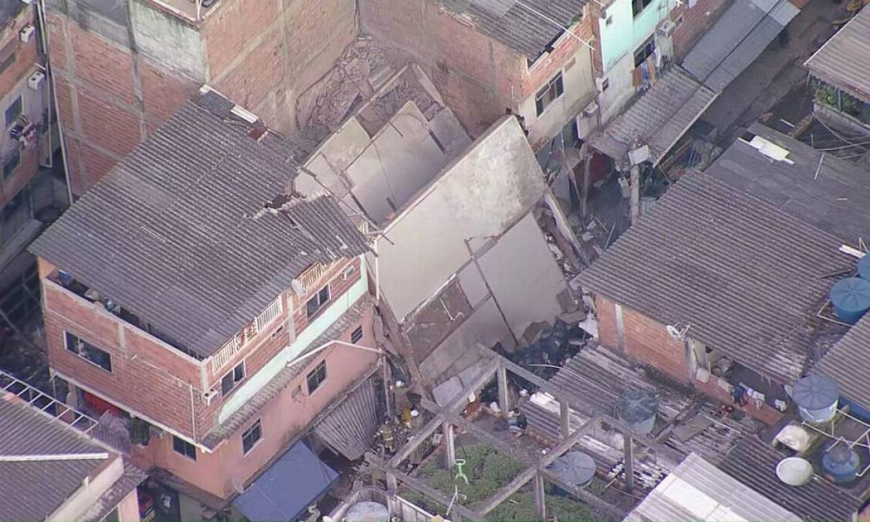 Prédio que desabou em Rio das Pedras Foto: Reprodução / TV Globo