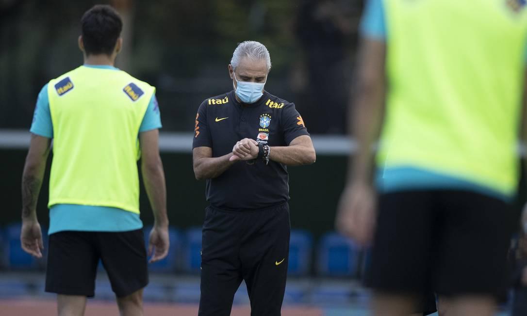 Em meio à crise, Tite tenta se concentrar nas partidas contra Equador e Paraguai Foto: Foto Lucas Figueiredo/CBF / Agência O Globo