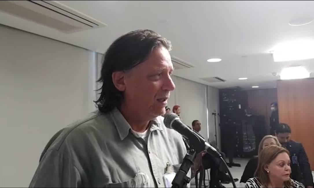"""O virologista Paolo Zanoto durante reunião em que sugeriu ao presidente Bolsonaro a criação de um """"gabinete das sombras"""" para discutir vacinas Foto: Reprodução"""