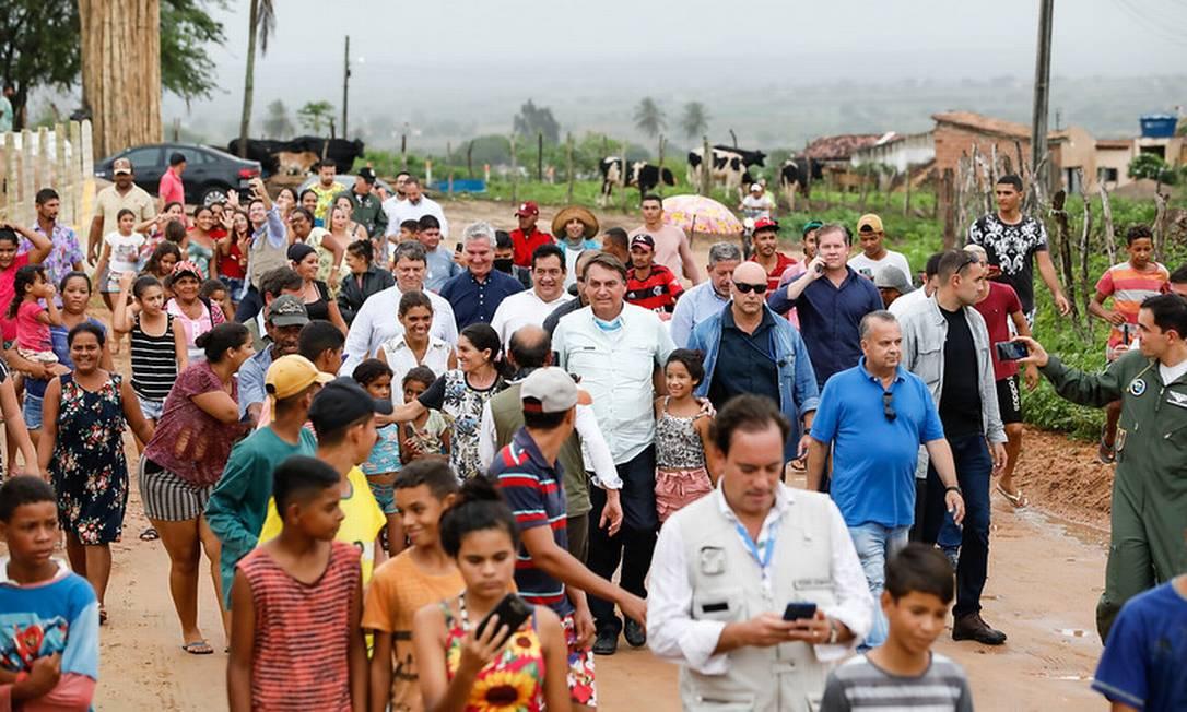 Bolsonaro no Povoado Alecrim, município de Girau do Ponciano, em Alagoas Foto: Alan Santos / PR - 13/05/2021