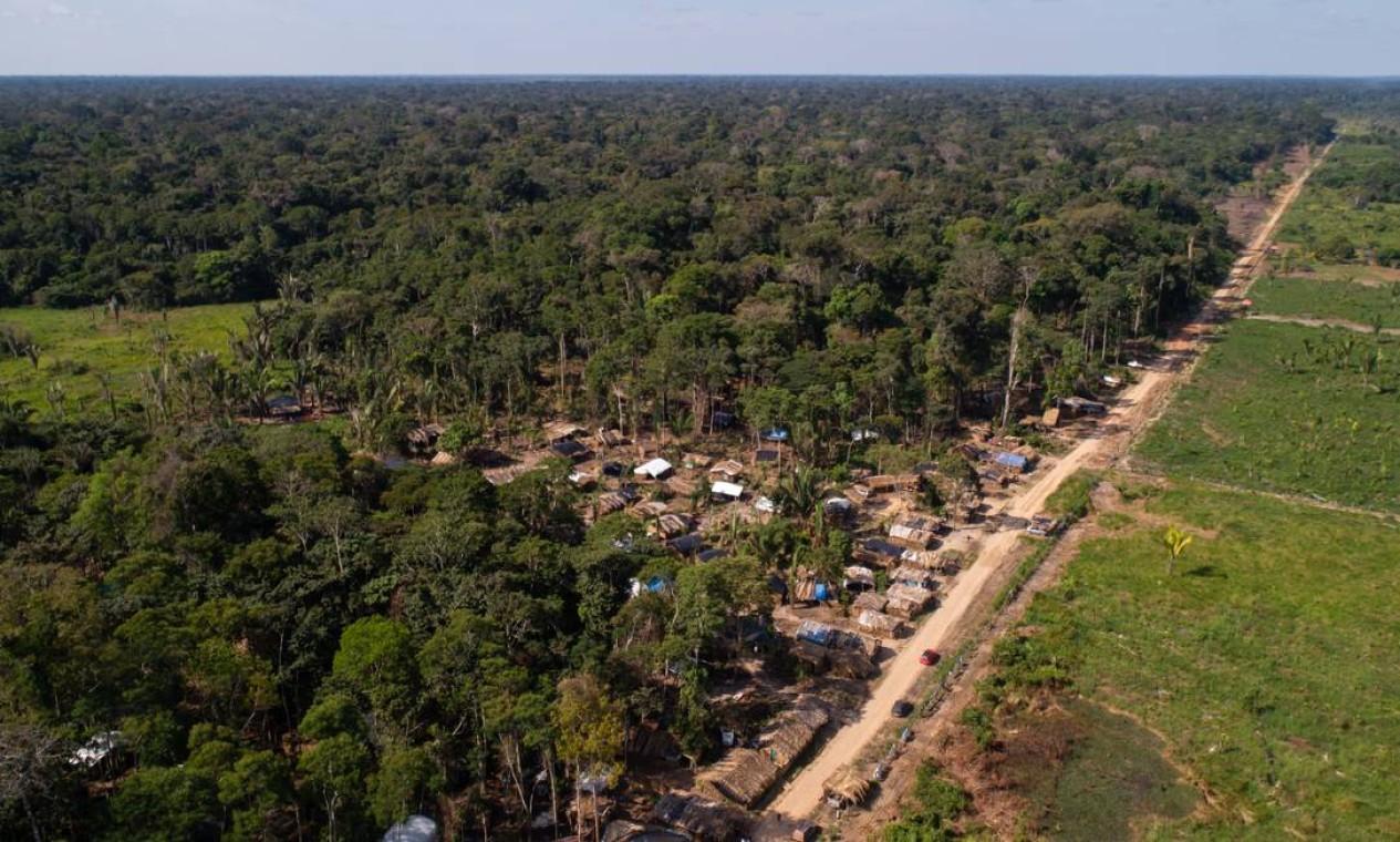 Assentamento em crescimento. Em Jacundá, a quase 100 quilômetros de Porto Velho, estradas são de terra, mas a estrutura é empresarial Foto: Brenno Carvalho / Agência O Globo