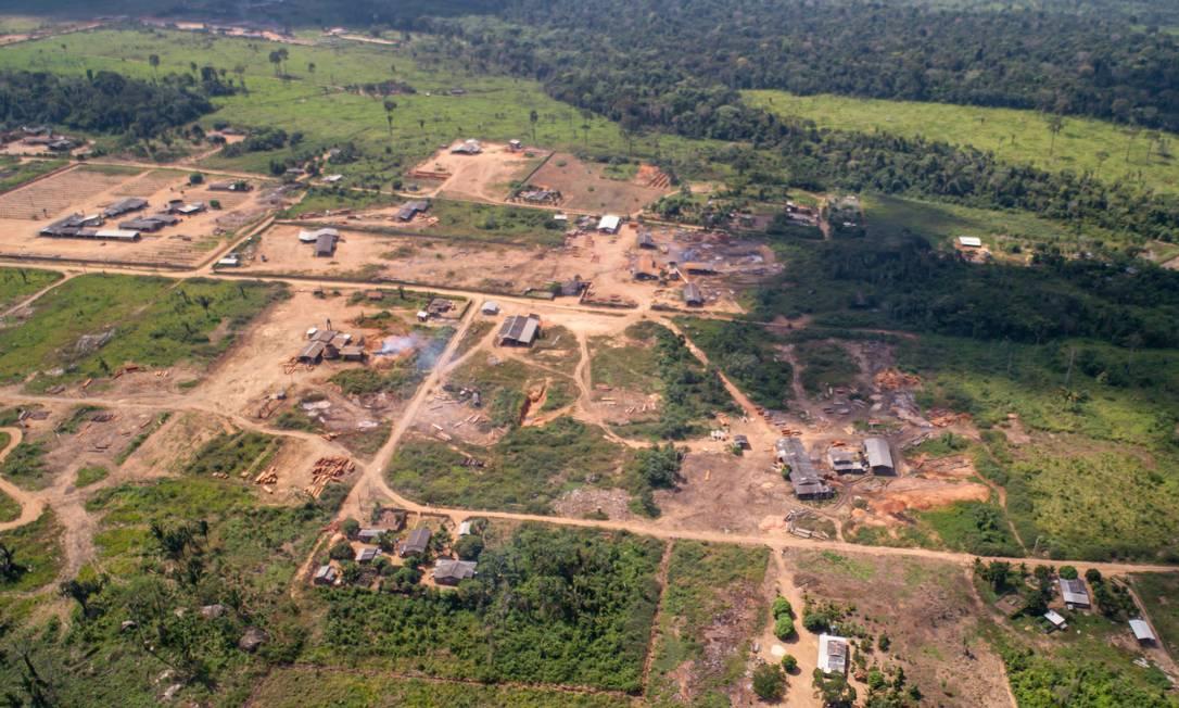 Imagem da região de Santo Antônio do Matupi no Amazônas Foto: Brenno Carvalho / Agência O Globo