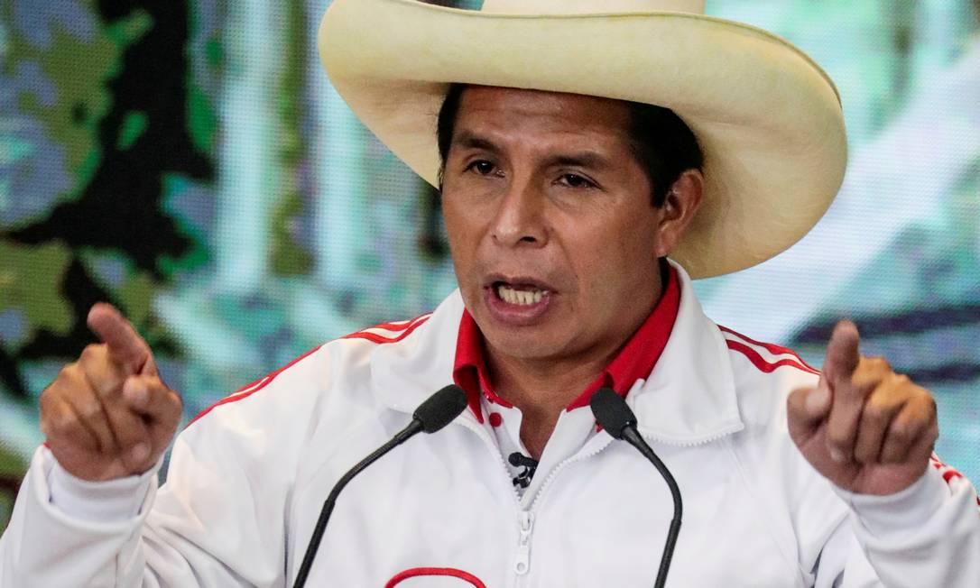 O candito Pedro Castillo, do Peru Livre, durante debate com Keiko Fujimori: votos divididos Foto: SEBASTIAN CASTANEDA / REUTERS