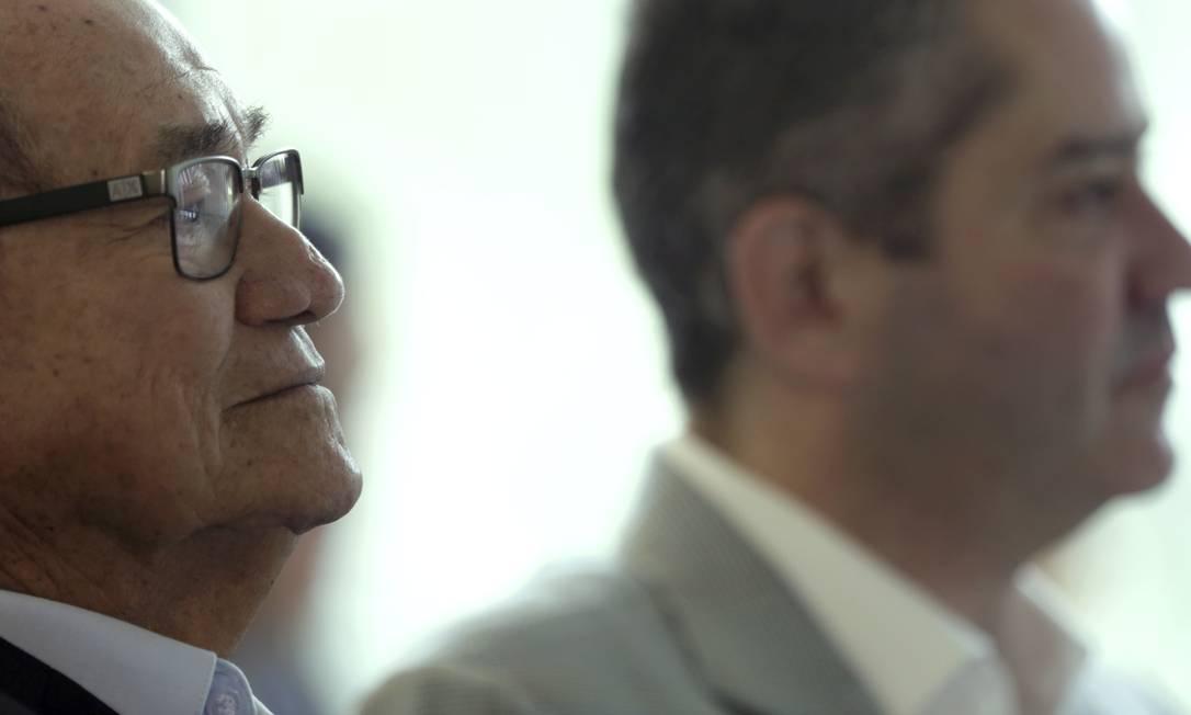 Coronel Nunes, ex-presidente e vice mais velho, e Rogério Caboclo Foto: Marcelo Theobald / 18/5/2018