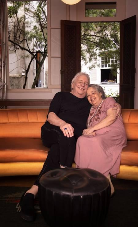 """Camilla e Marco Nanini, em outubro de 2020, no ensaio da peça """"As cadeiras"""", filmada durante a pandemia Foto: Leo Aversa"""