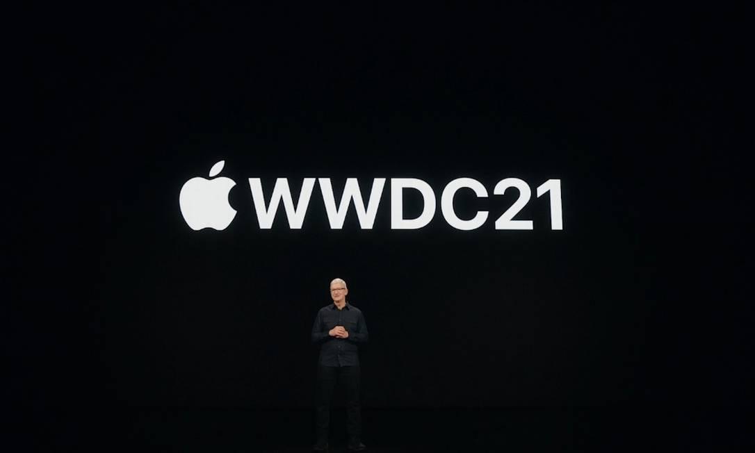 Tim Cook apresentou as novidades da nova versão do sistema operacional, o iOS 15, no evento anual de desenvolvedores, o WWDC 2021 Foto: Reprodução/Bruno Rosa