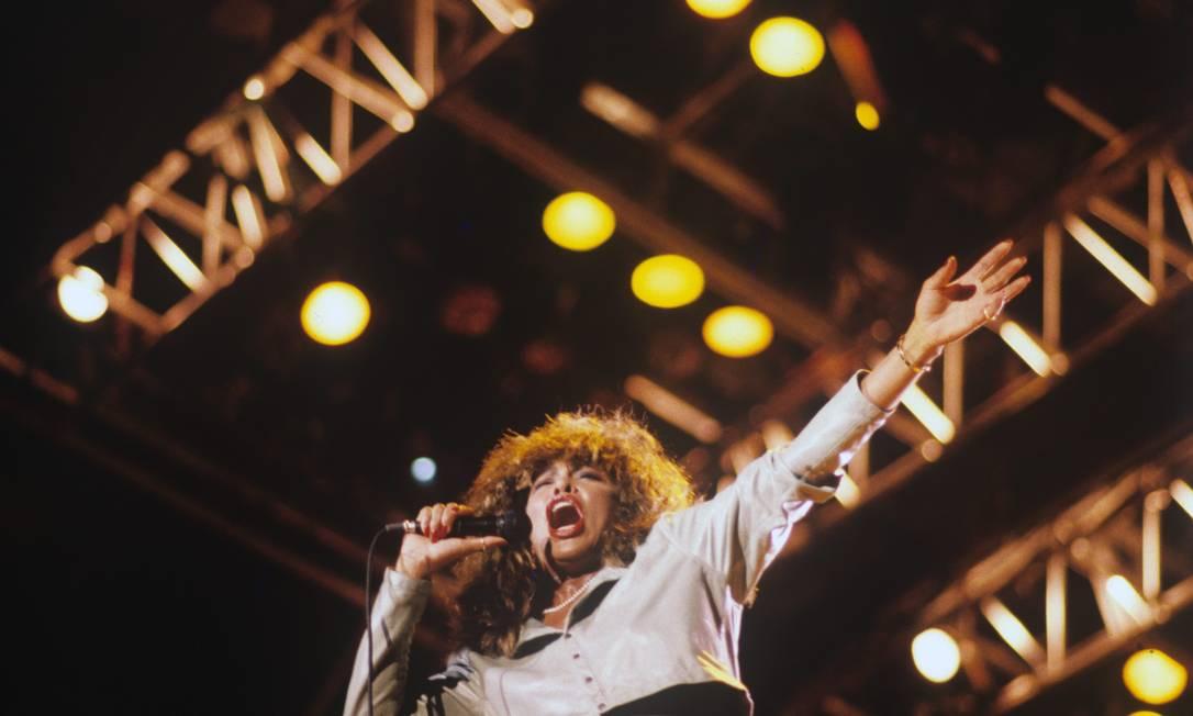 Tina Turner durante show no Pacaembu, em São Paulo, em 1988: sucesso internacional veio em 1984, aos 45 anos Foto: Olívio Lamas/Agência O Globo