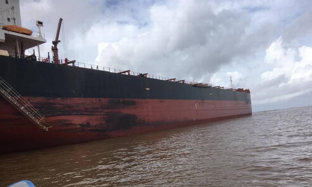 Navio ancorado em Macapá Foto: Reprodução SVS