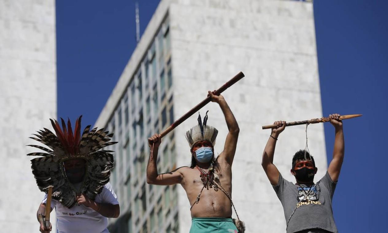Indígenas ocupam Congresso Nacional contra a PL 490, projeto que ameaça demarcação de terras Foto: Pablo Jacob / Agência O Globo