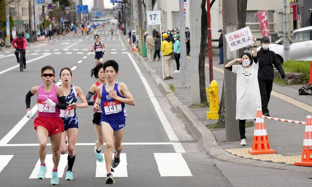 Meia maratona foi disputada em Sapporo como evento-teste Foto: KYODO / REUTERS