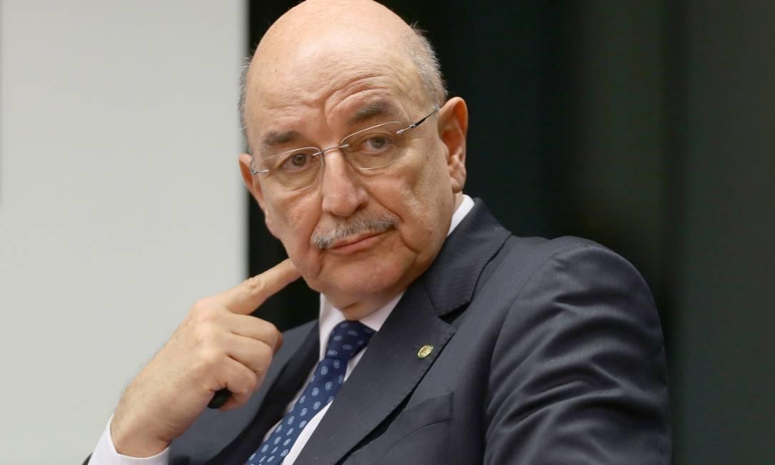 O deputado federal e ex-ministro Osmar Terra é convocado para depor na CPI da Covid Foto: Jorge William / Agência O Globo