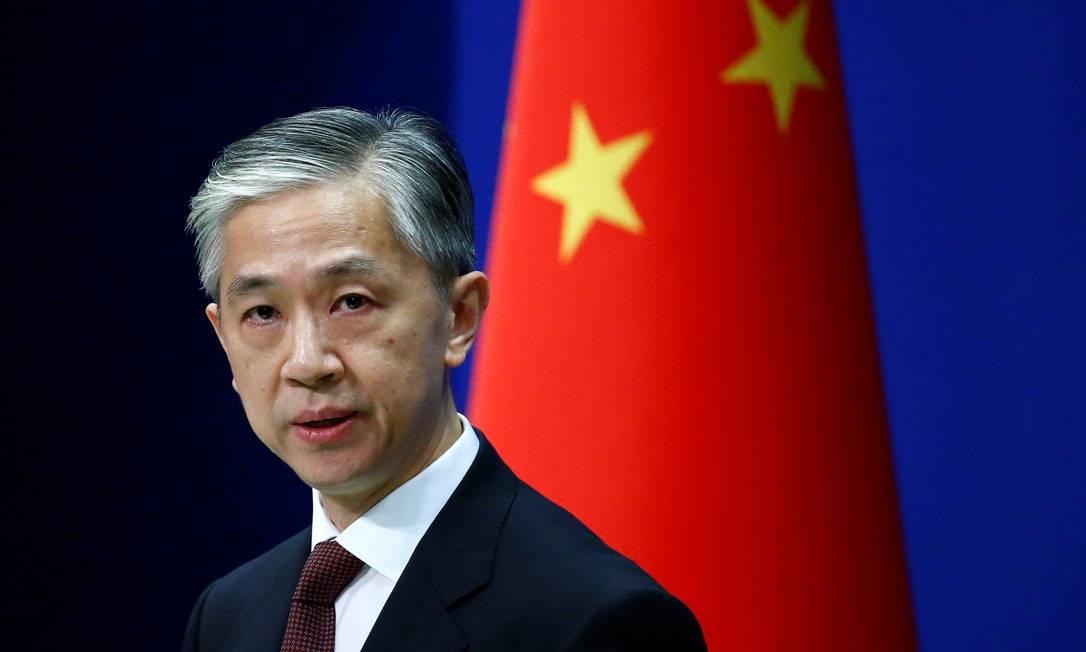 Porta-voz do Ministério das Relações Exteriores, Wang Wenbin, durante entrevista coletiva Foto: TINGSHU WANG / Reuters