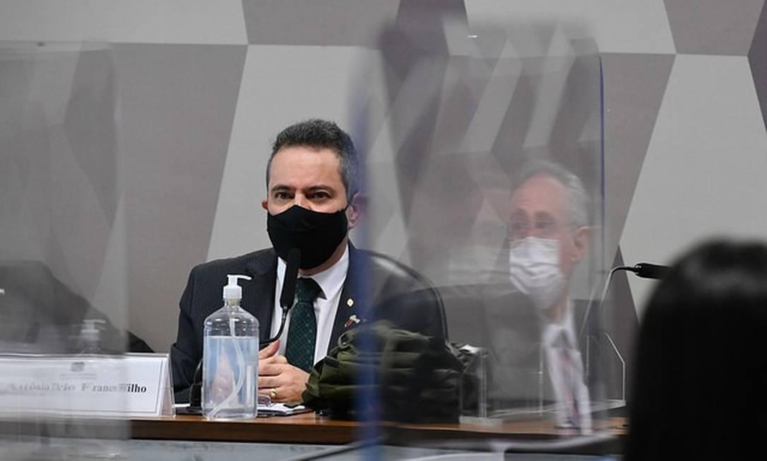 Ex-secretário-executivo do Ministério da Saúde, coronel Antônio Elcio Franco Filho depõe à CPI da Covid Foto: Edilson Rodrigues/Agência Senado