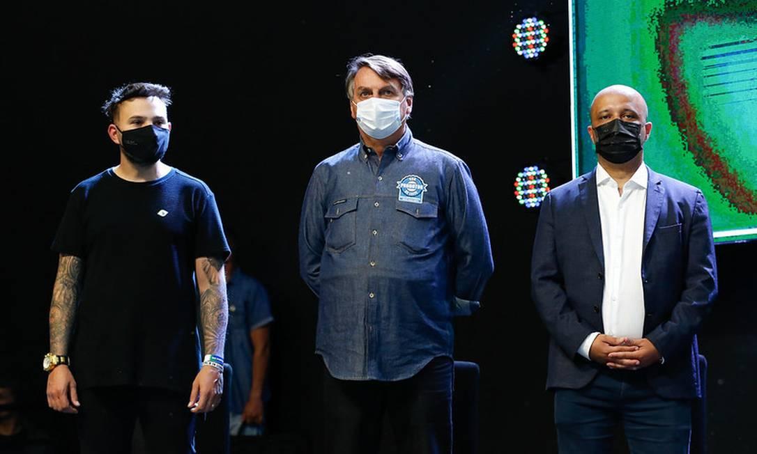 Em evento de igrejas evangélicas em Anápolis (GO), Bolsonaro compara vacinas com hidroxicloroquina: 'Experimental' Foto: Alan Santos / Divulgação