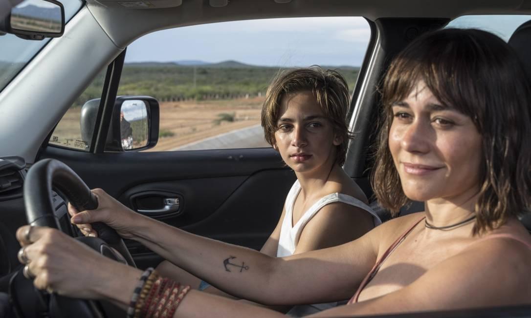 """Alessandra Negrini e Antonio Haddad em cena do filme """"Acqua Movie"""", de Lírio Ferreira Foto: Fred Jordão / Divulgação"""