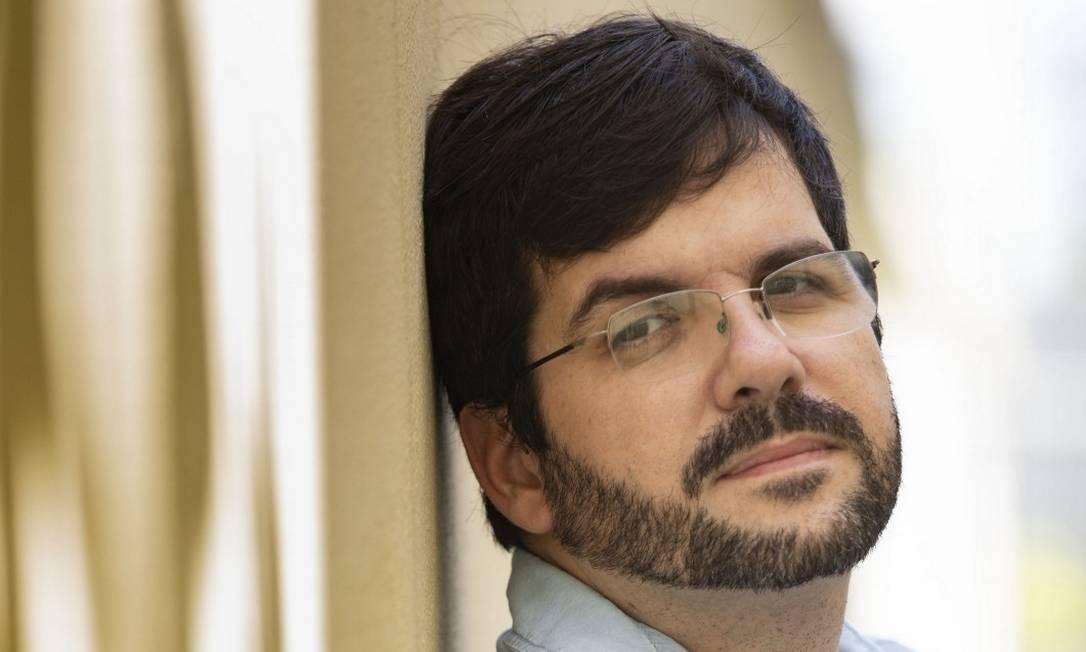 Um olhar sobre os invisíveis: Valmir Moratelli pesquisa populações sem representatividade Foto: Ana Branco / Agência O Globo