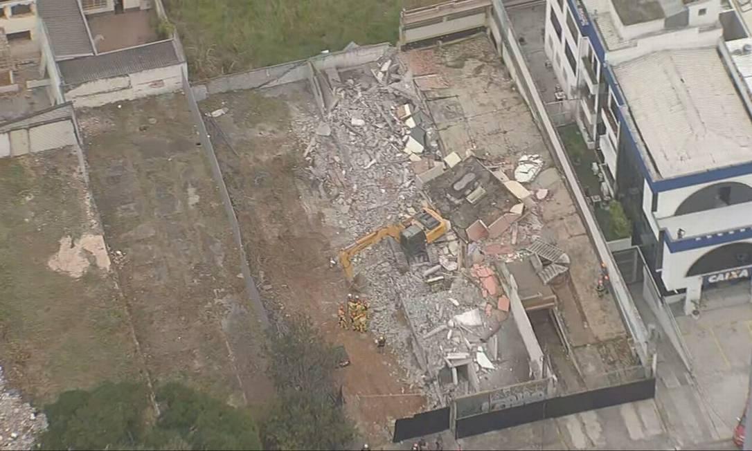 Desabamento deixa dois mortos e um ferido em São Paulo Foto: Reprodução/TV Globo