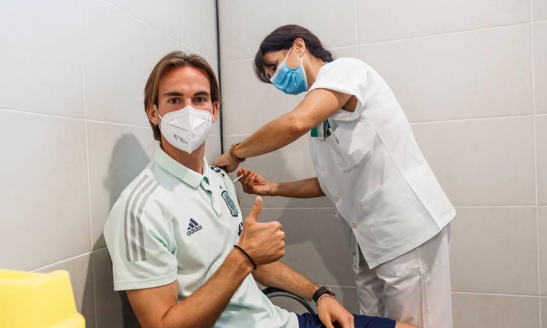 Seleção da Espanha foi vacinada contra a Covid-19 Foto: Reprodução
