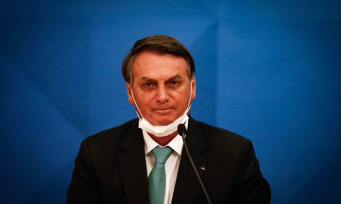 O presidente Jair Bolsonaro falou sobre aplicação do spray nasal para casos graves de Covid-19 em março de 2021 Foto: Pablo Jacob/Agência O Globo/01-06-2021