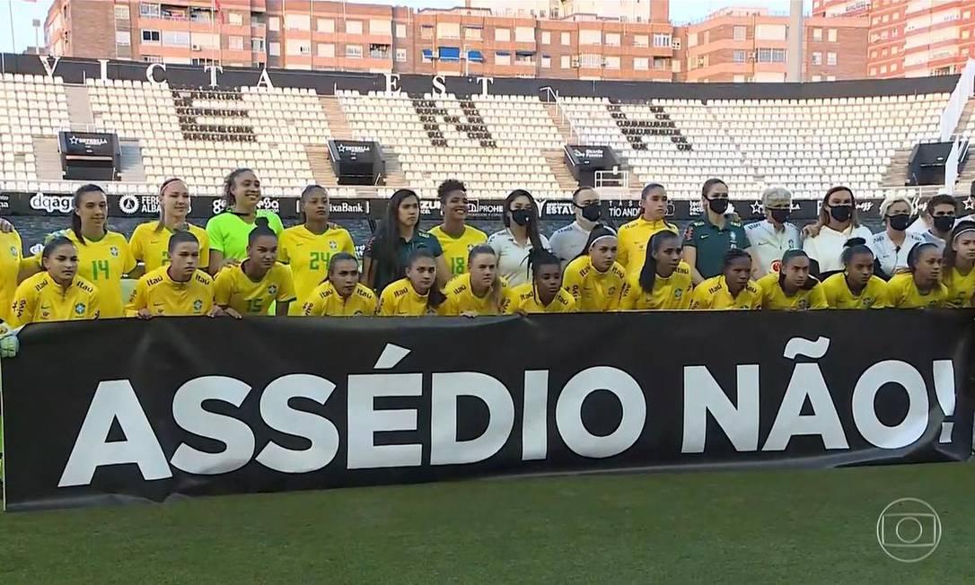 Jogadoras protestam contra assédio Foto: Reprodução