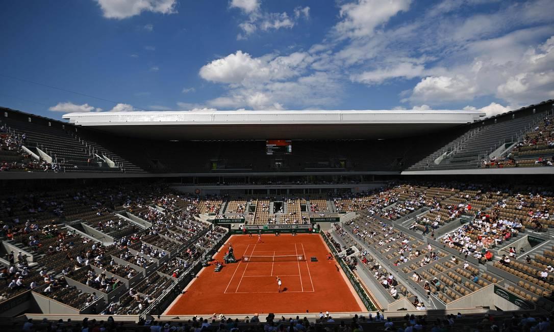 Final feminina acontece neste sábado em Roland Garros Foto: ANNE-CHRISTINE POUJOULAT / AFP