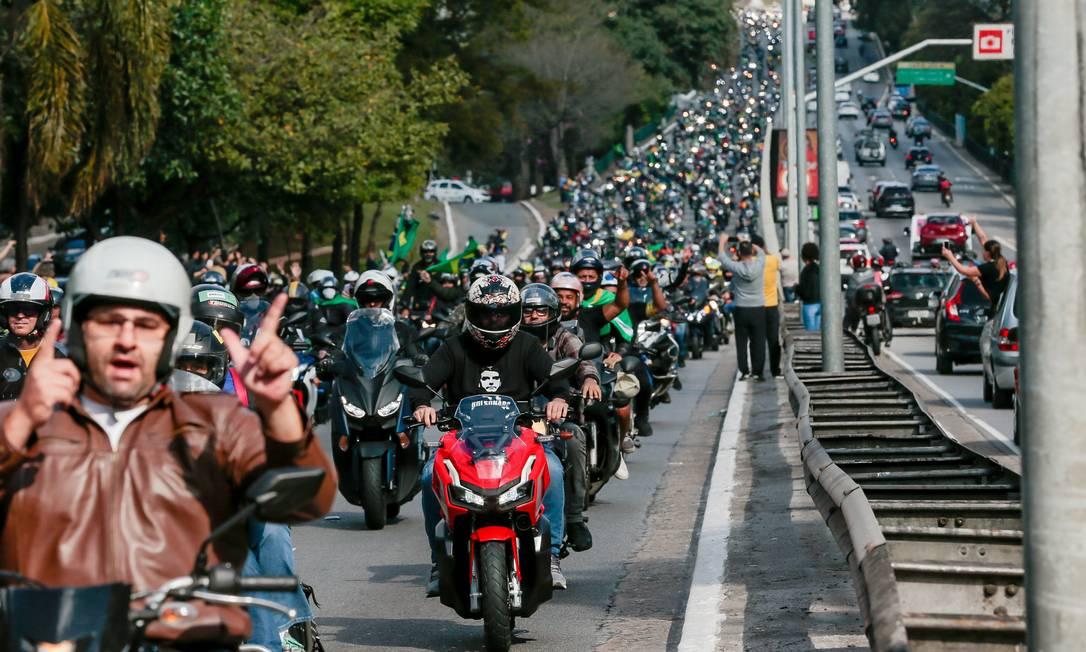 A motociata custou aos cofres públicos do Estado o valor de R$ 1,2 milhão em segurança Foto: Edilson Dantas / Agência O Globo