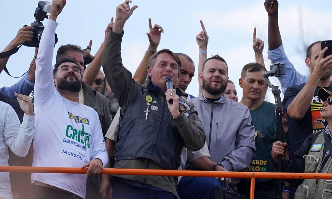 Em seu discurso, Bolsonaro contraria ciência ao dizer que vacinados não transmitem Covid Foto: STRINGER / REUTERS