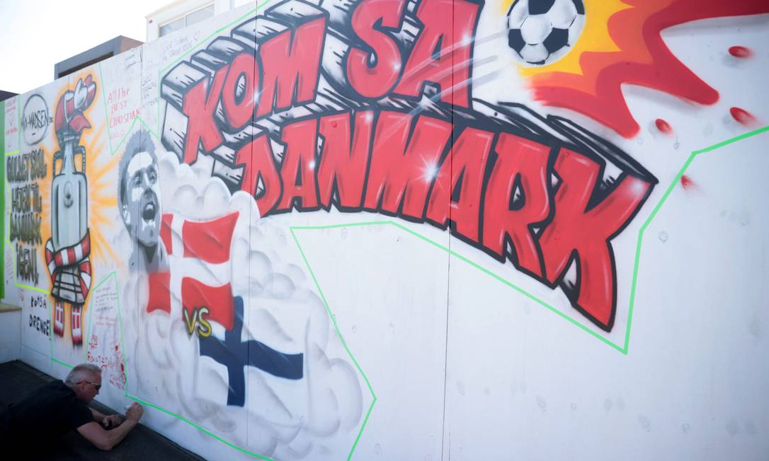Eriksen está em condição estável e passará por novos exames, diz Federação Dinamarquesa de Futebol