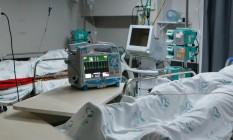 Enfermaria de pacientes aguardando vaga na UTI em Toledo, Paraná. Cidade está em bandeira preta devido à superlotação dos hospitais Foto: FramePhoto / Agência O Globo