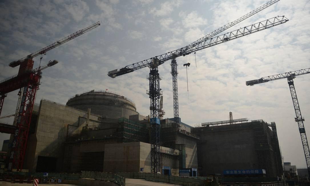 Usina nuclear de Taishan sendo construída em 2013 Foto: PETER PARKS / AFP