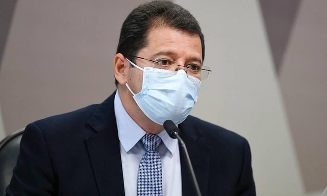 À mesa da CPI da Covid, em depoimento, o ex-secretário de Saúde do Amazonas Marcellus Campêlo Foto: Edilson Rodrigues/Agência Senado