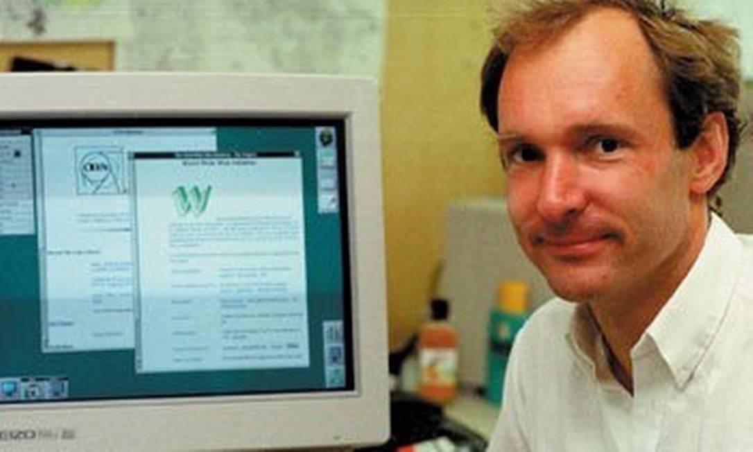 O britânico Berners-Lee inventou a World Wide Web em 1989 Foto: Reprodução