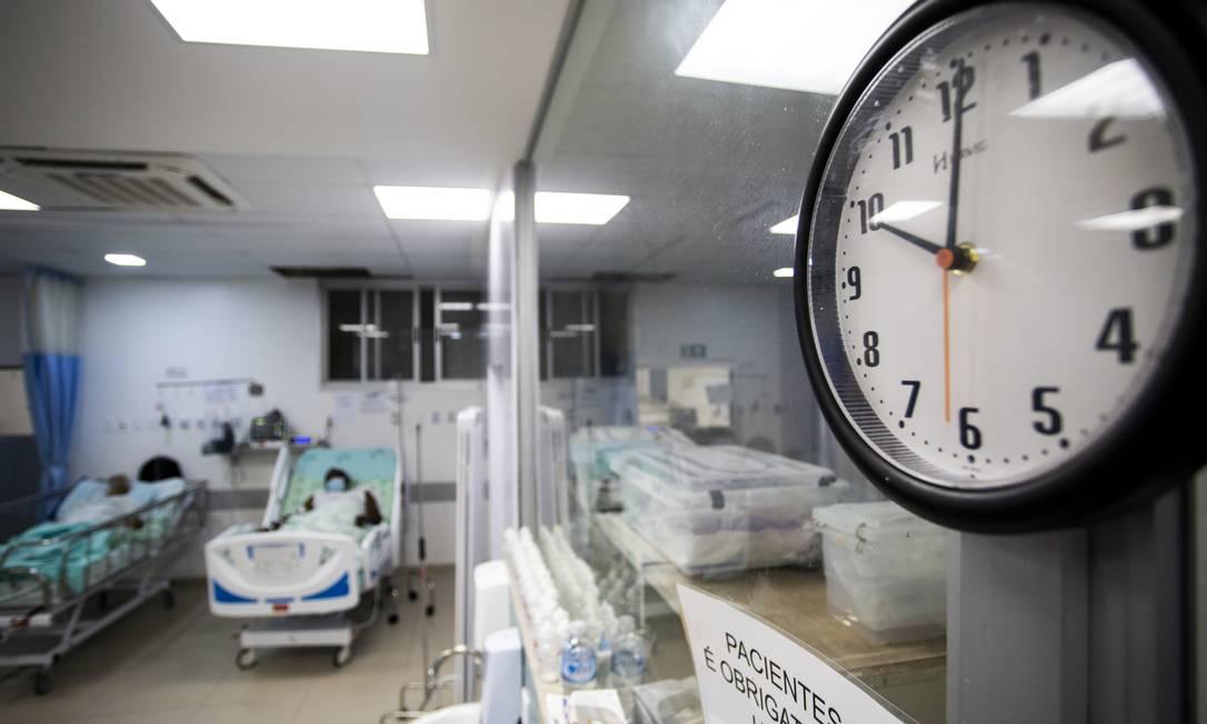 Pacientes com Covid-19 internados no Hospital Universitário de Londrina, no Paraná. Foto: Isaac Fontana/FramePhoto / Agência O Globo