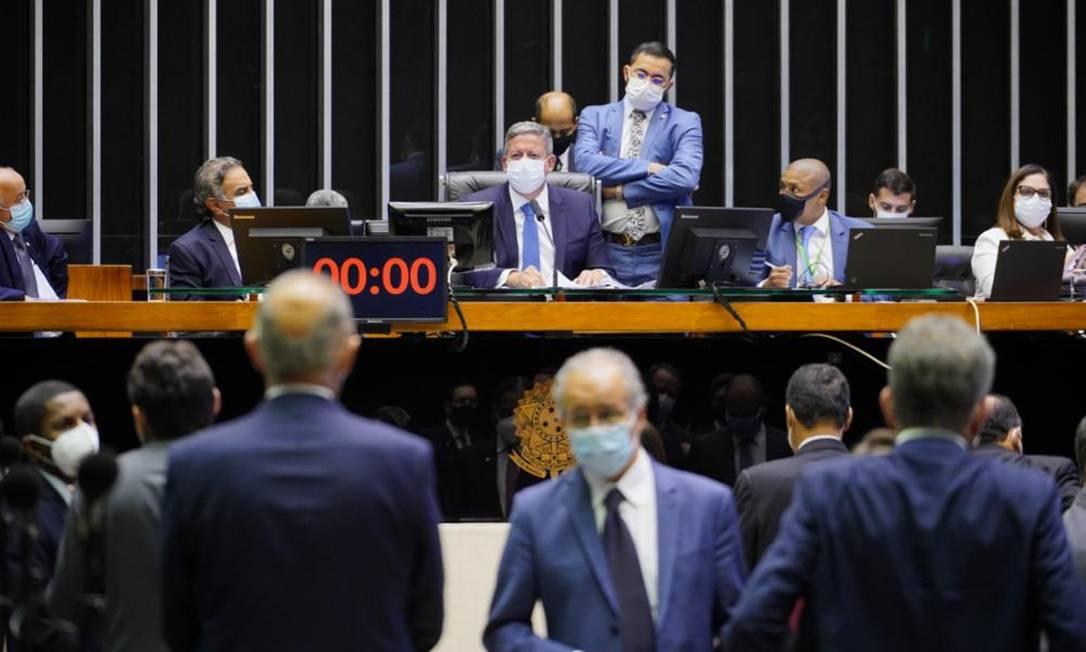 Sessão na Câmara Foto: Pablo Valadares/Câmara dos Deputados