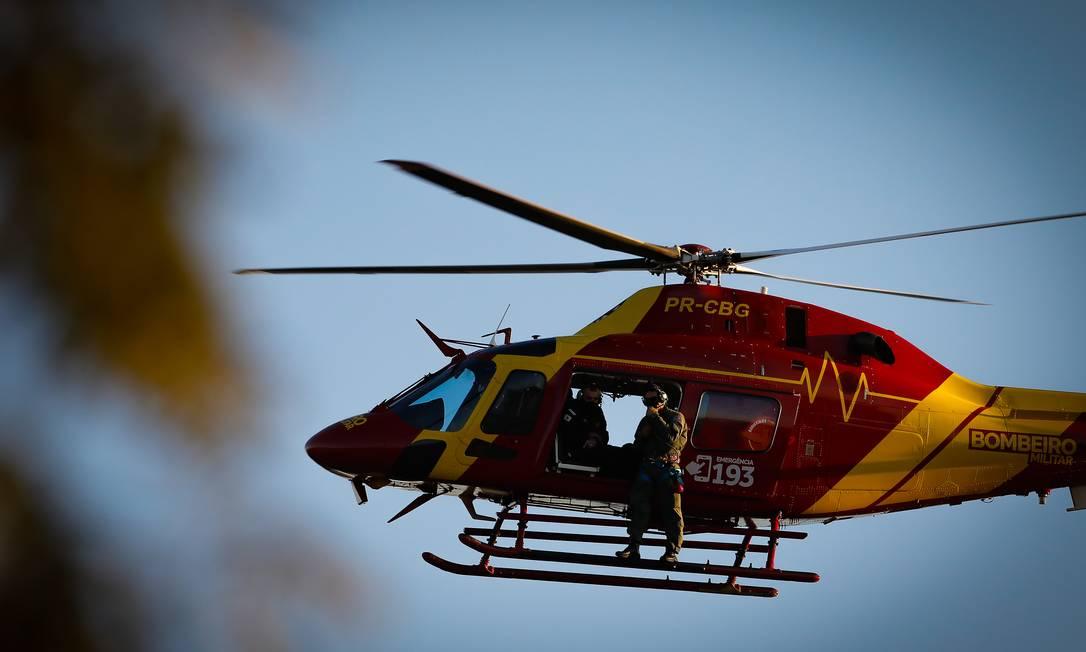 Força-tarefa montada para prender o fugitivo realiza um cerco na tarde desta quinta-feira Foto: PABLO JACOB / Agência O Globo