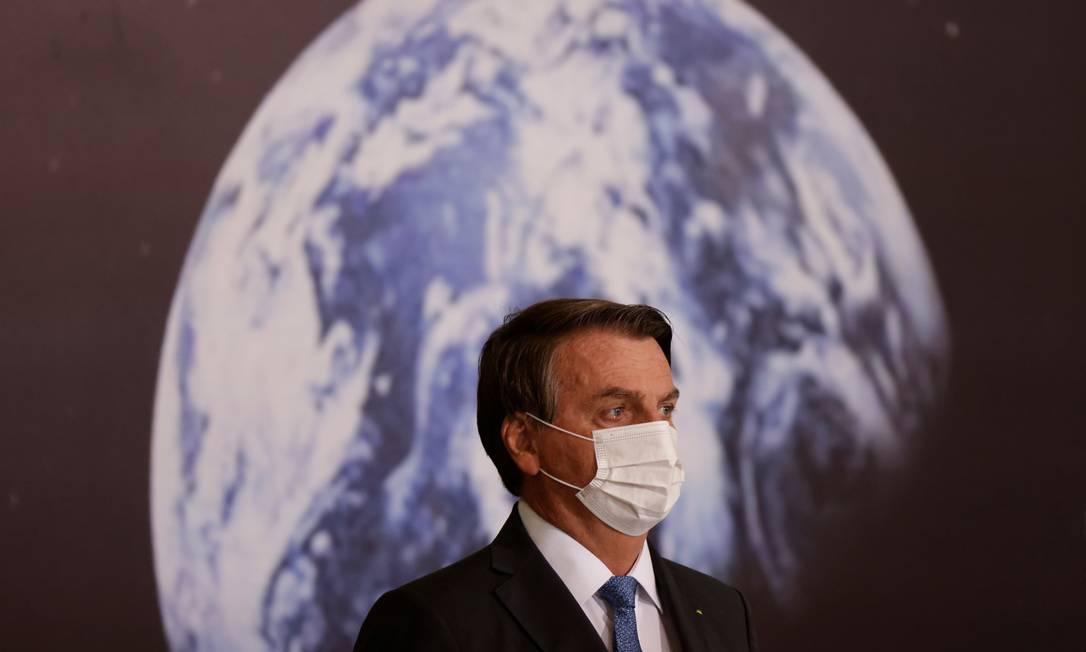 Jair Bolsonaro participa da cerimônia de assinatura do Acordo Brasil e Estados Unidos, no Programa Artemis, no Palácio do Planalto, em Brasília Foto: UESLEI MARCELINO / REUTERS/15-06-2021