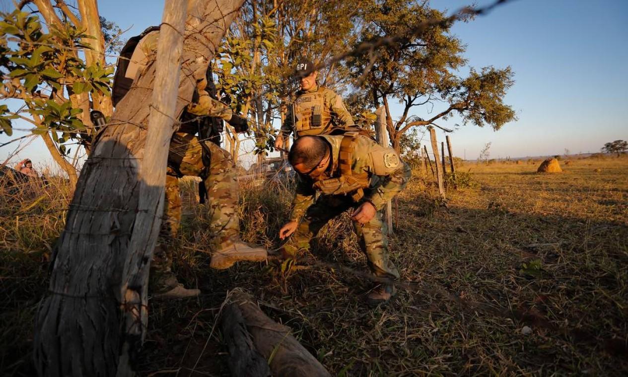 Suspeito de cometer assassinatos em série está em fuga há nove dias Foto: Pablo Jacob / Agência O Globo