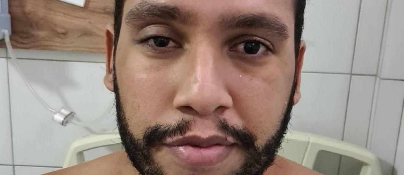 Enfermeiro Jamerson Santana, de 31 anos, ficou internado no CTI Foto: Arquivo pessoal