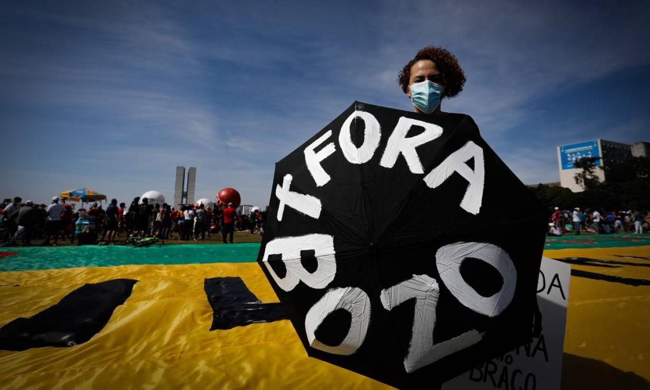 Manifestação na Esplanada dos Ministérios, em Brasília Foto: PABLO JACOB / Agência O Globo