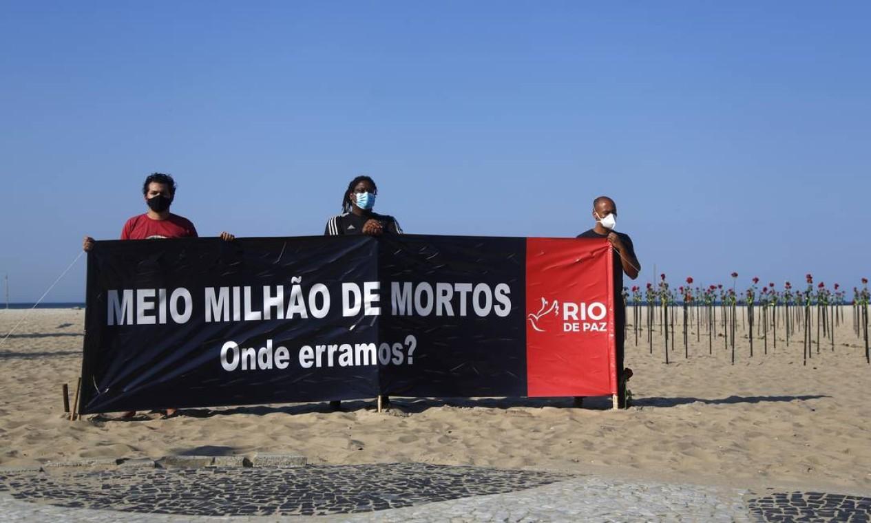 O protesto deste domingo foi o quinto organizado pela ONG durante a pandemia Foto: Fabio Rossi / Agência O Globo