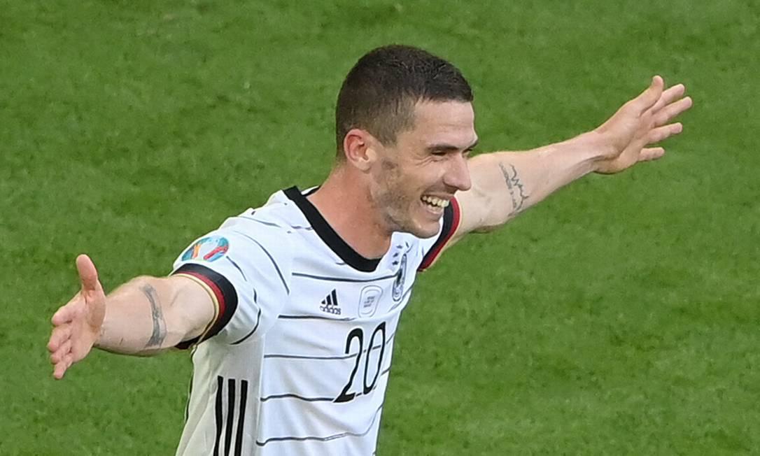 Gosens tentou ser policial antes de virar jogador Foto: MATTHIAS HANGST / AFP