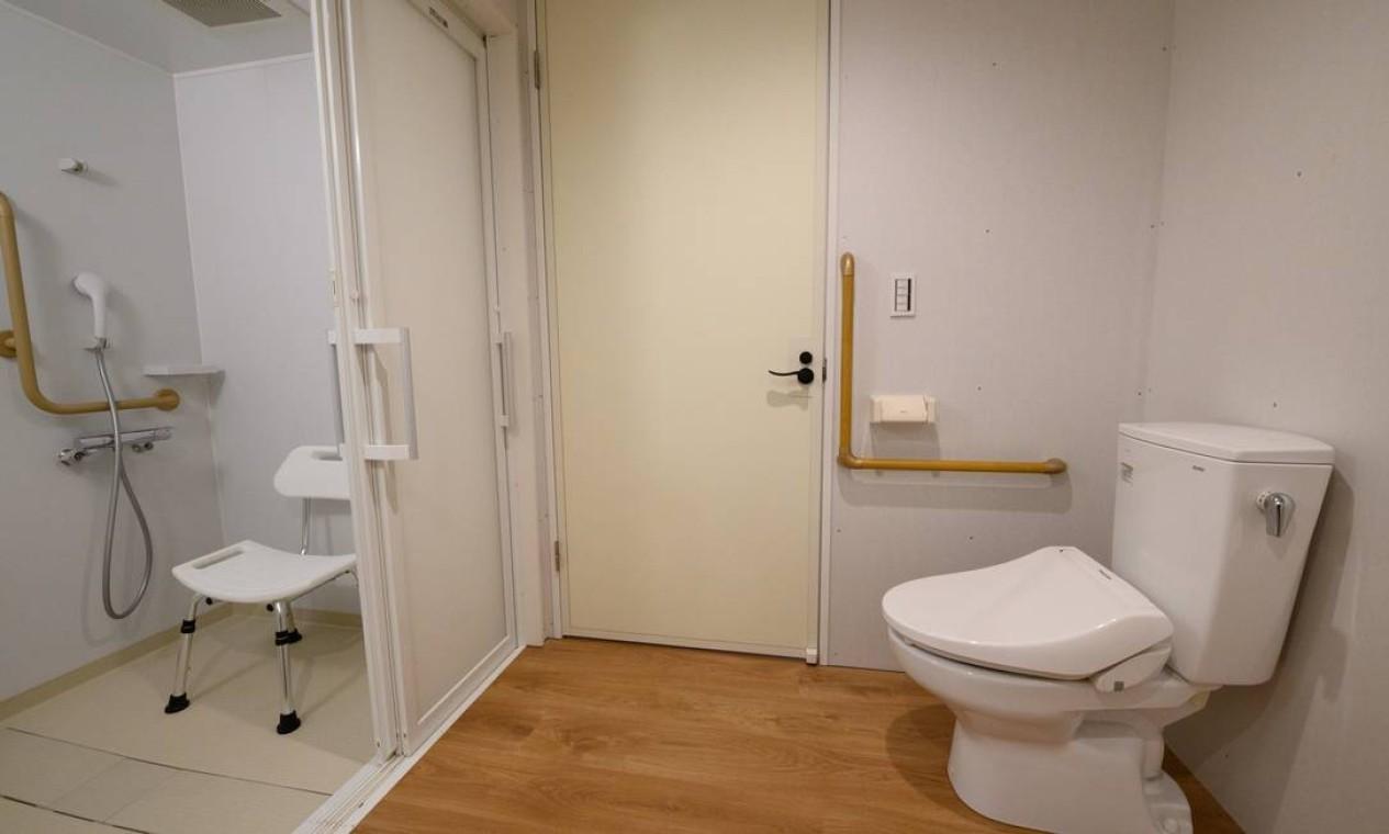 Os banheiros de parte dos apartamentos Foto: Akio Kon / REUTERS