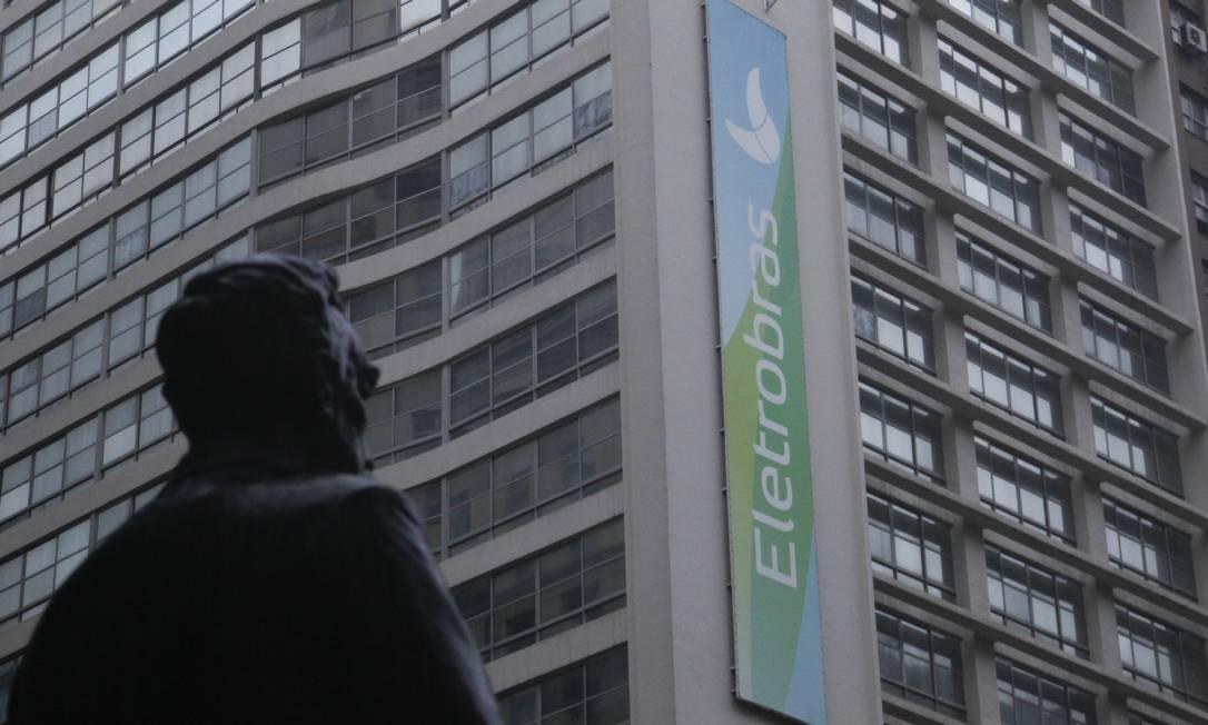Prédio da Eletrobras, no Centro do Rio Foto: Pedro Teixeira / Agência O Globo