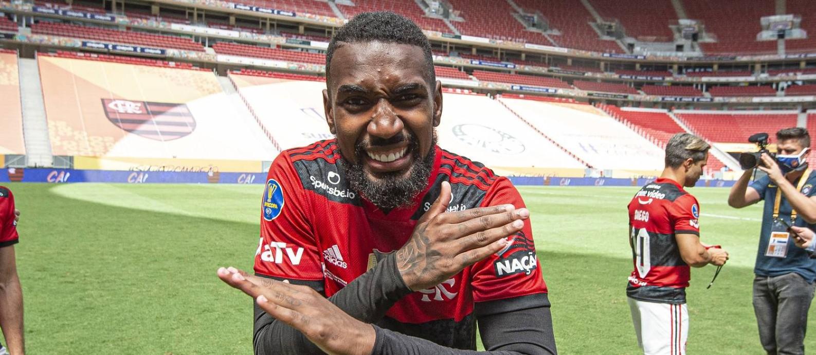Gerson venceu oito títulos em dois anos no Flamengo Foto: Alexandre Vidal