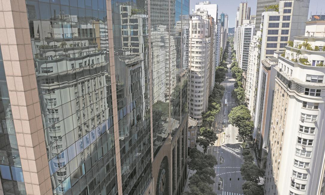 Projeto recebeu 126, das quais 51 foram aprovadas Foto: Brenno Carvalho / Agência O Globo