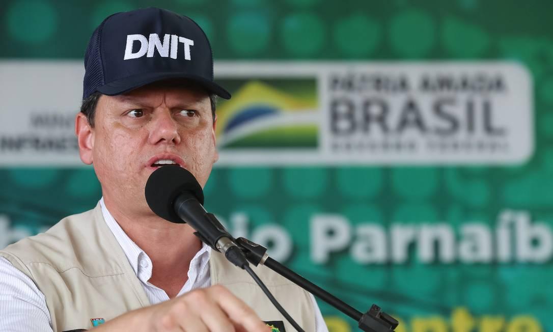 O ministro da Infraestrutura, Tarcísio Gomes de Freitas, participa de inauguração de ponte entre o Piaui e o Maranhão Foto: Isac Nóbrega/Presidência/20-05-2021