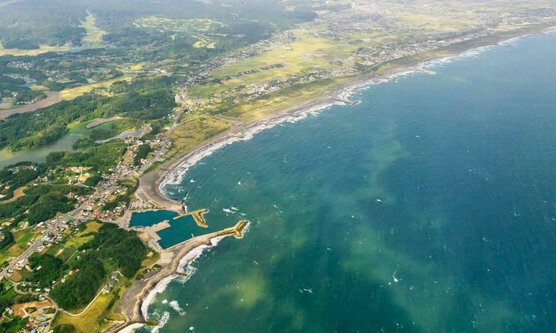 A praia de Tsurigasaki é onde o surfe fará sua estreia em Olimpíadas. Está localizada na cidade de Ichinomiya, na costa do Pacífico da província de Chiba, e costuma atrair muitos turistas. Poderá receber 6 mil pessoas Foto: Divulgação